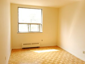 Room For Rent Keele And Wilson