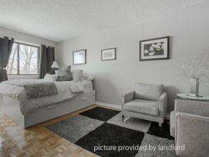 Bachelor apartment for rent in Pointe-Claire