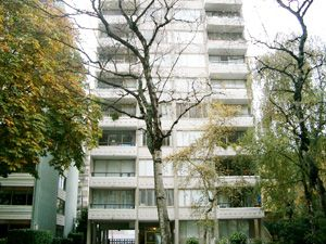 Bachelor apartment for rent in Vancouver