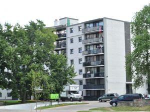 Bachelor apartment for rent in OAKVILLE