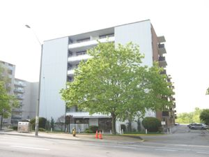 2303 Eglinton Ave E Scarborough On 2 Bedroom For Rent