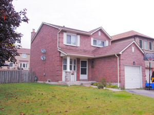 3+ Bedroom apartment for rent in WHITBY