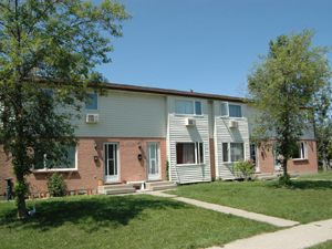 1625 Afton Court Sarnia On 2 Bedroom For Rent
